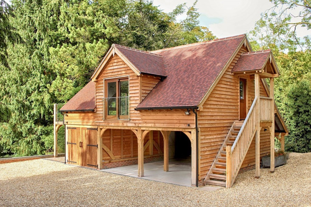 Oak framed garage building with room above in Gloucestershire
